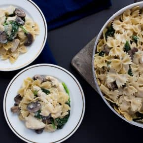 One Pot Creamy Mushroom, Chicken, Spinach Pasta + Giveaway