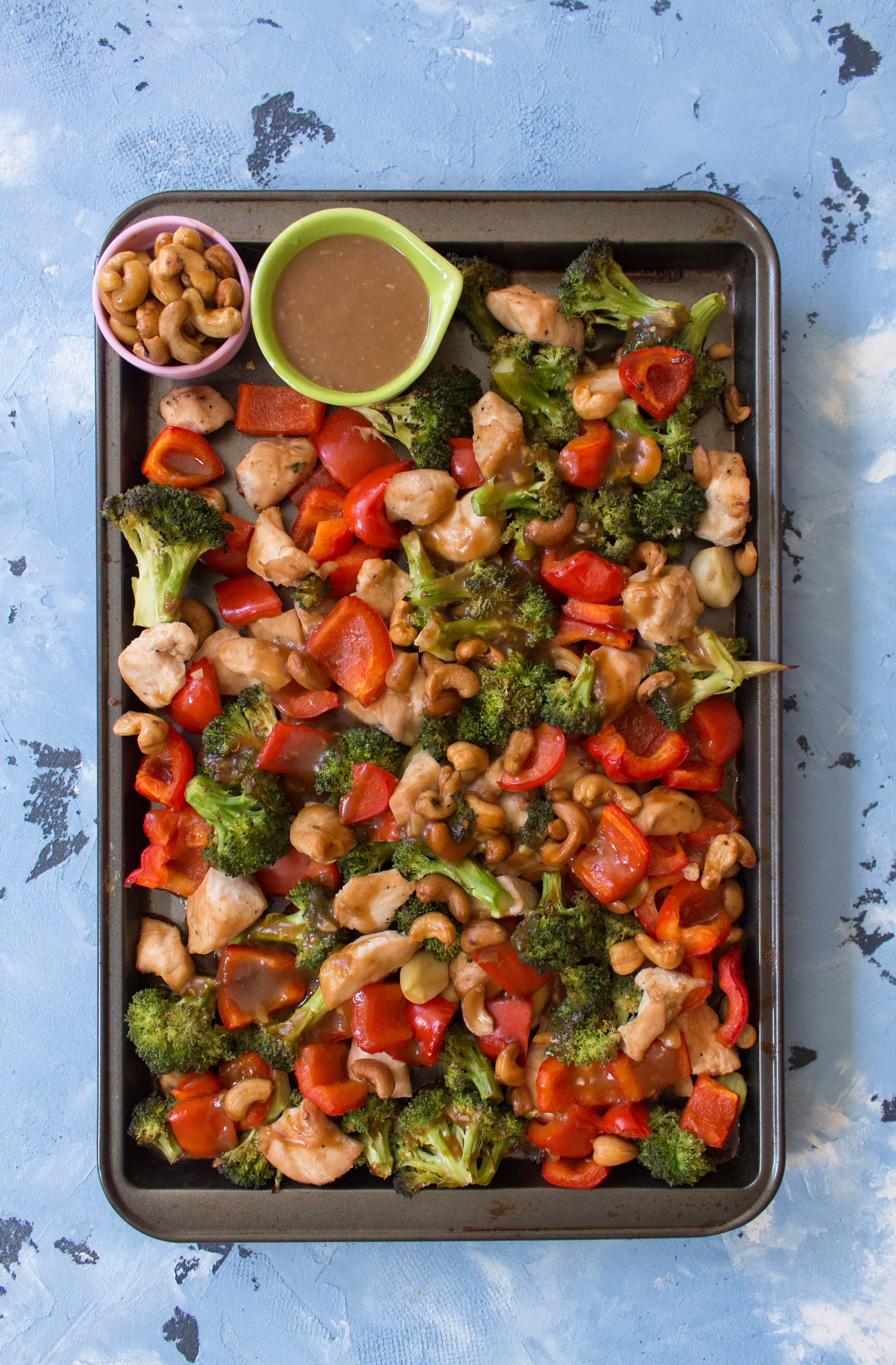 Sheet pan cashew chicken with veggies meal prep carmy run eat this sheet pan cashew chicken with veggies is so easy and fast to make my forumfinder Images