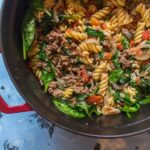 This one pot beef tomato basil spinach pasta is just what you need when you're busy and need a fast meal prep!