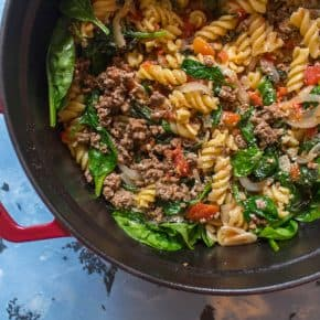 One Pot Beef Tomato Basil Spinach Pasta (and a side of Strawberry and Cashew Salad)
