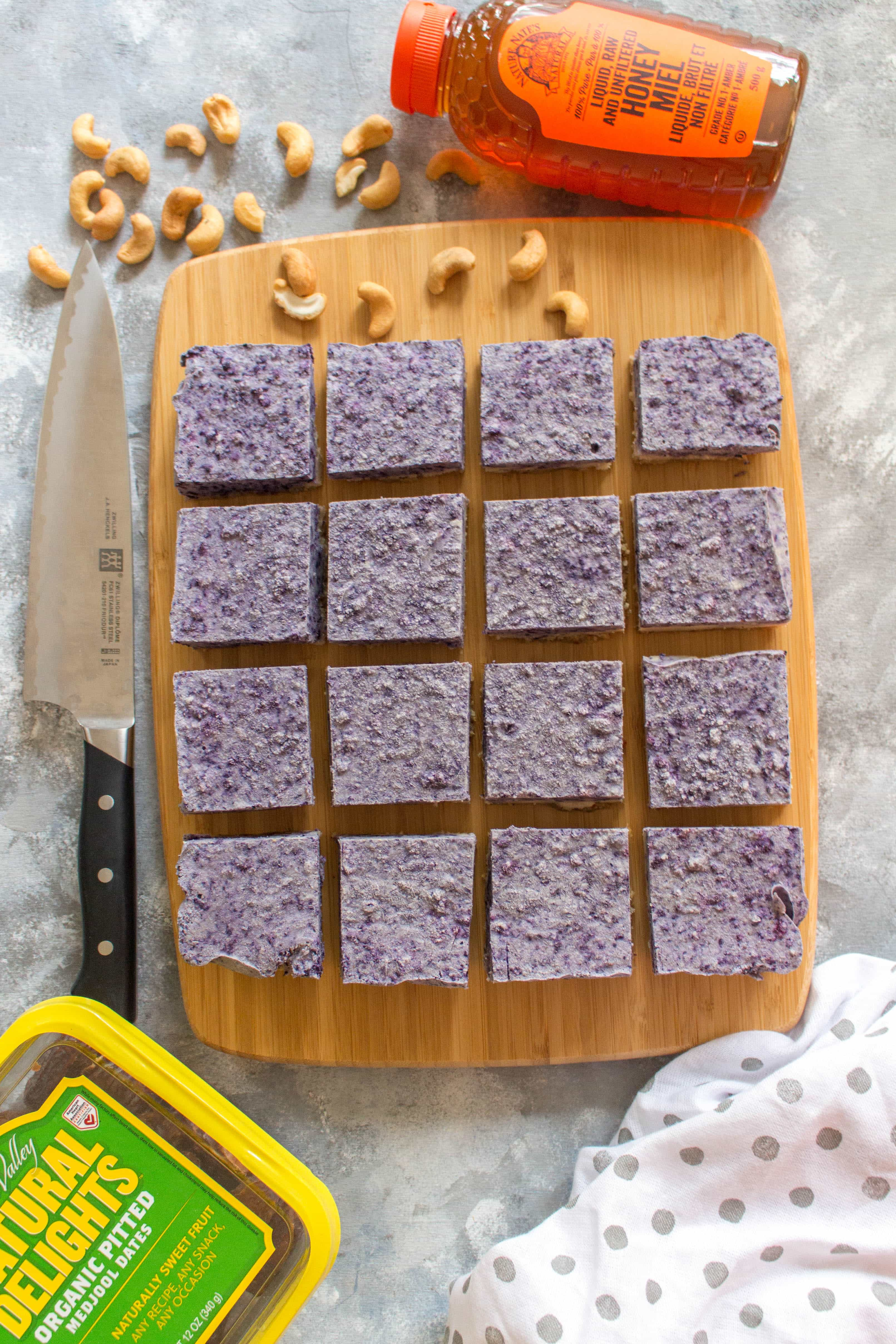 Healthy No Bake Blueberry Vanilla Cashew Bars