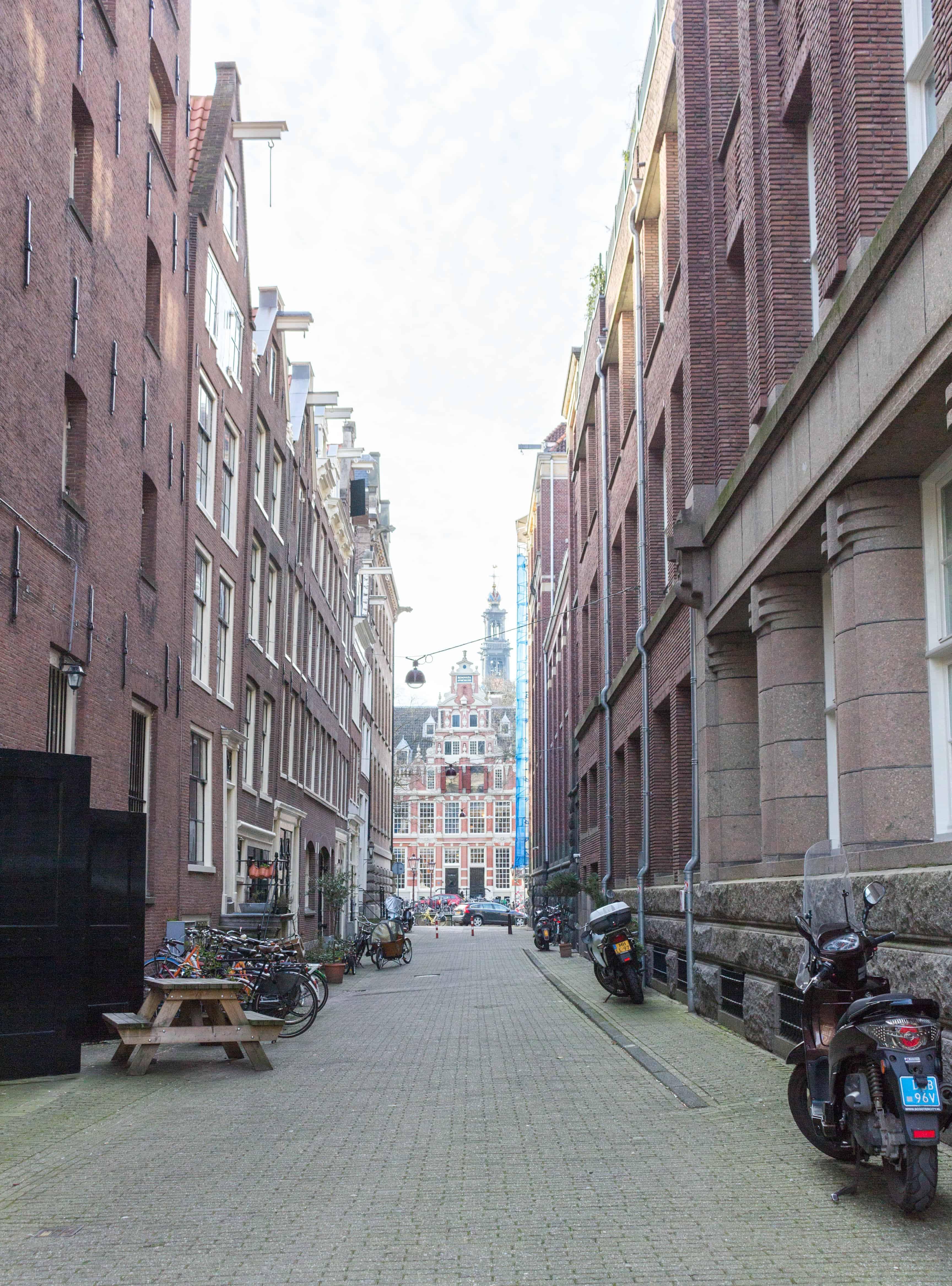 amsterdam alleyways