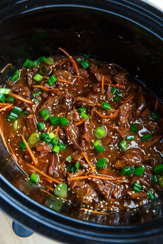 Super quick and easy Mongolian beef in the slow cooker!