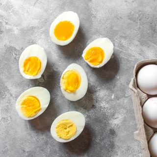 Ready to rock your mornings and meal preps with the perfect hard boiled eggs? Here's all you need to know to nail the timing to get hard boiled eggs just the way you like 'em!