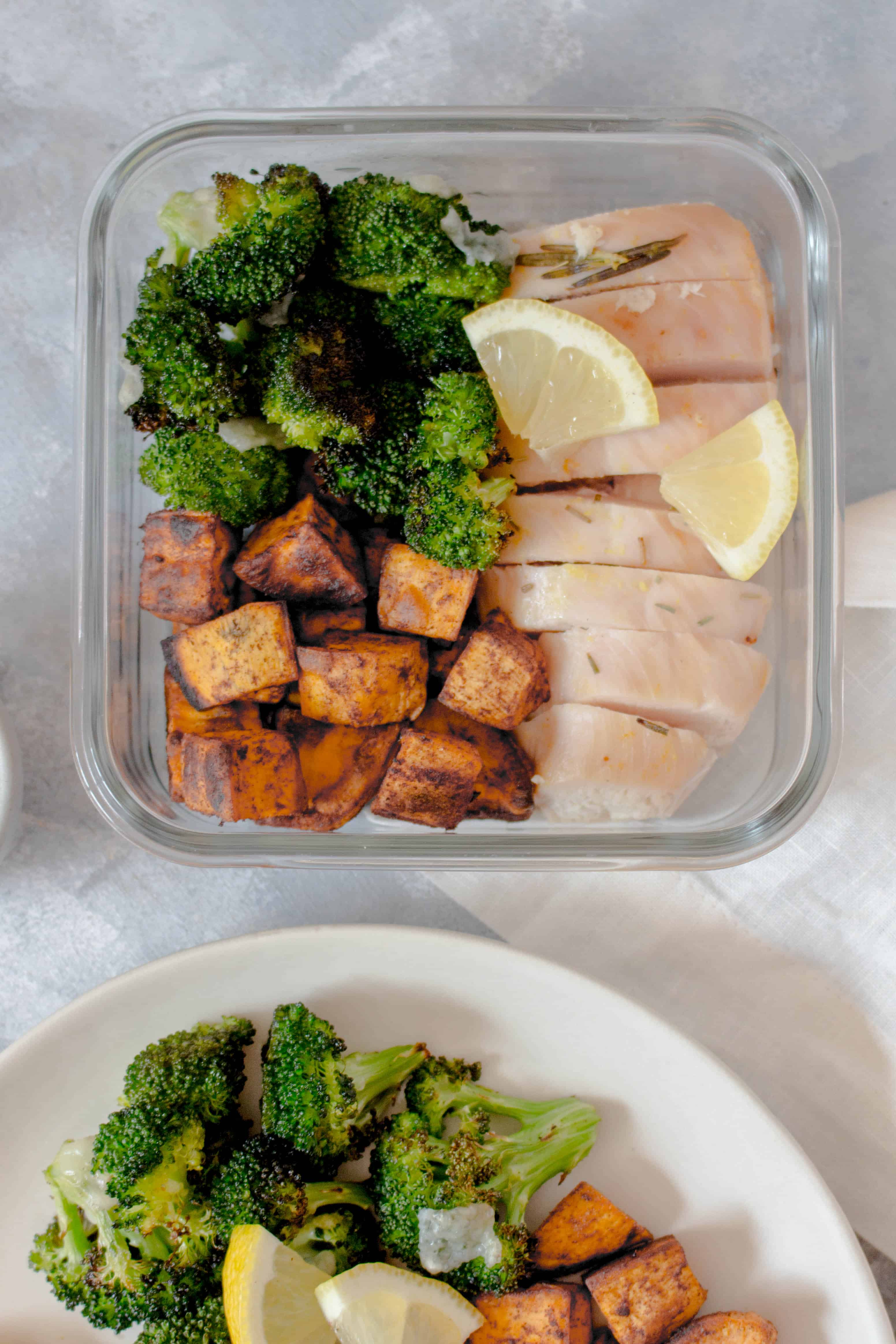 This Rosemary Citrus Chicken Meal Prep is such a refreshing dish - it is so light and the acid gives it such a fresh flavour. Made with a combination of lemon, lime, orange juice, and rosemary, you're going to look forward to lunch! Plus, when served with a side of cinnamon roasted sweet potatoes and parmesan broccoli, this meal prep will make you excited for your work day.