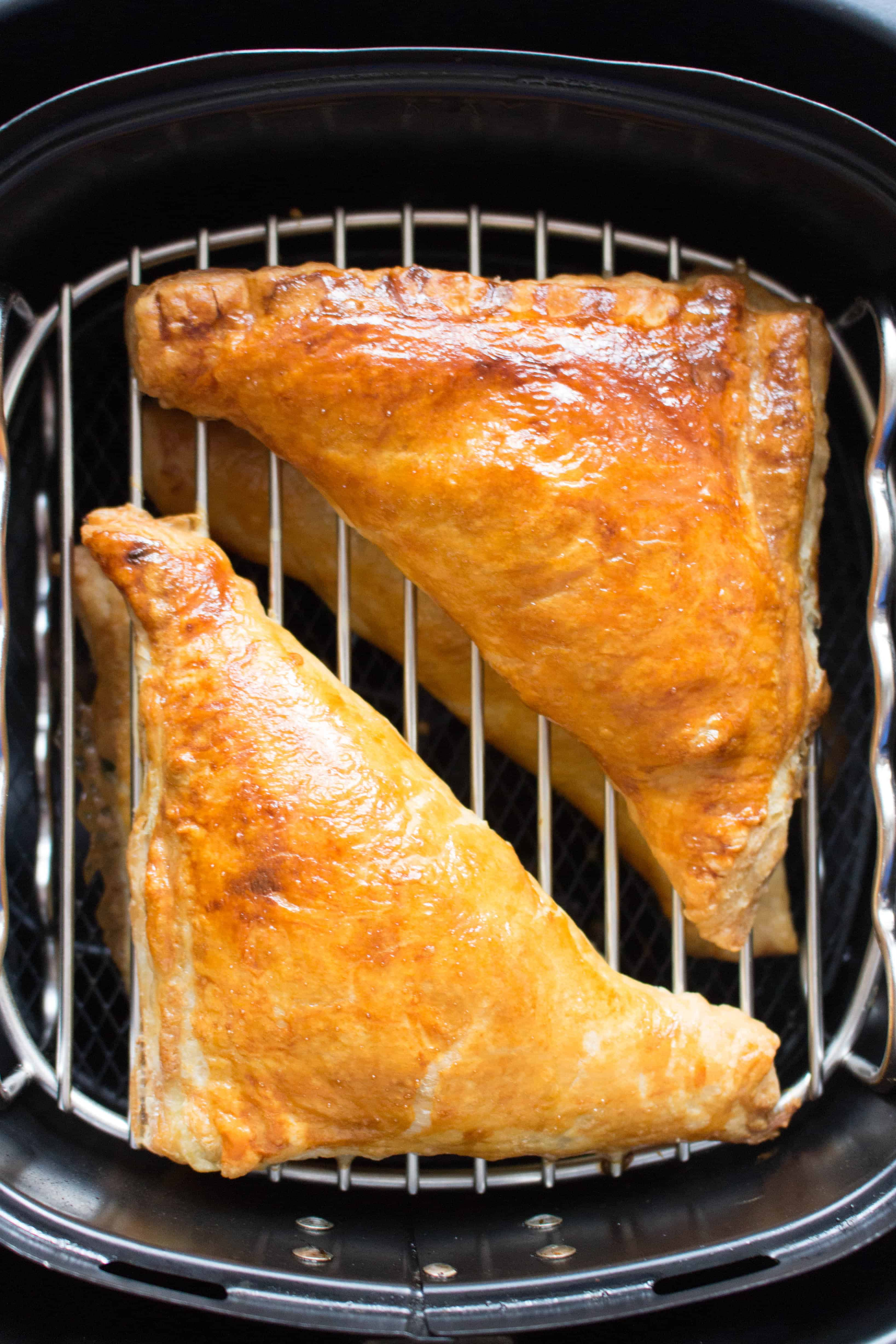 how to make spinach and cheese hand pies in the air fryer
