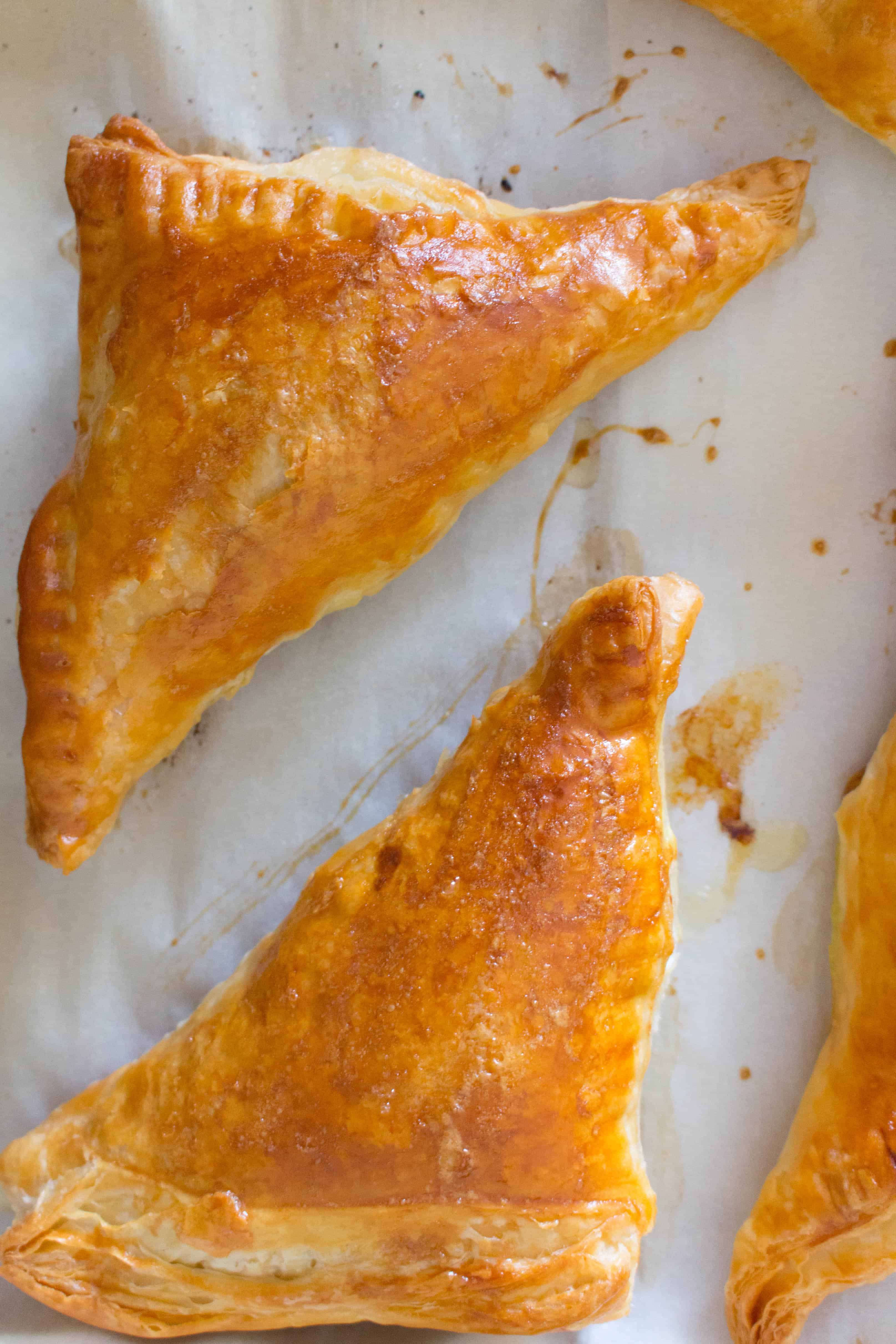 oven baked spinach and cheese hand pies