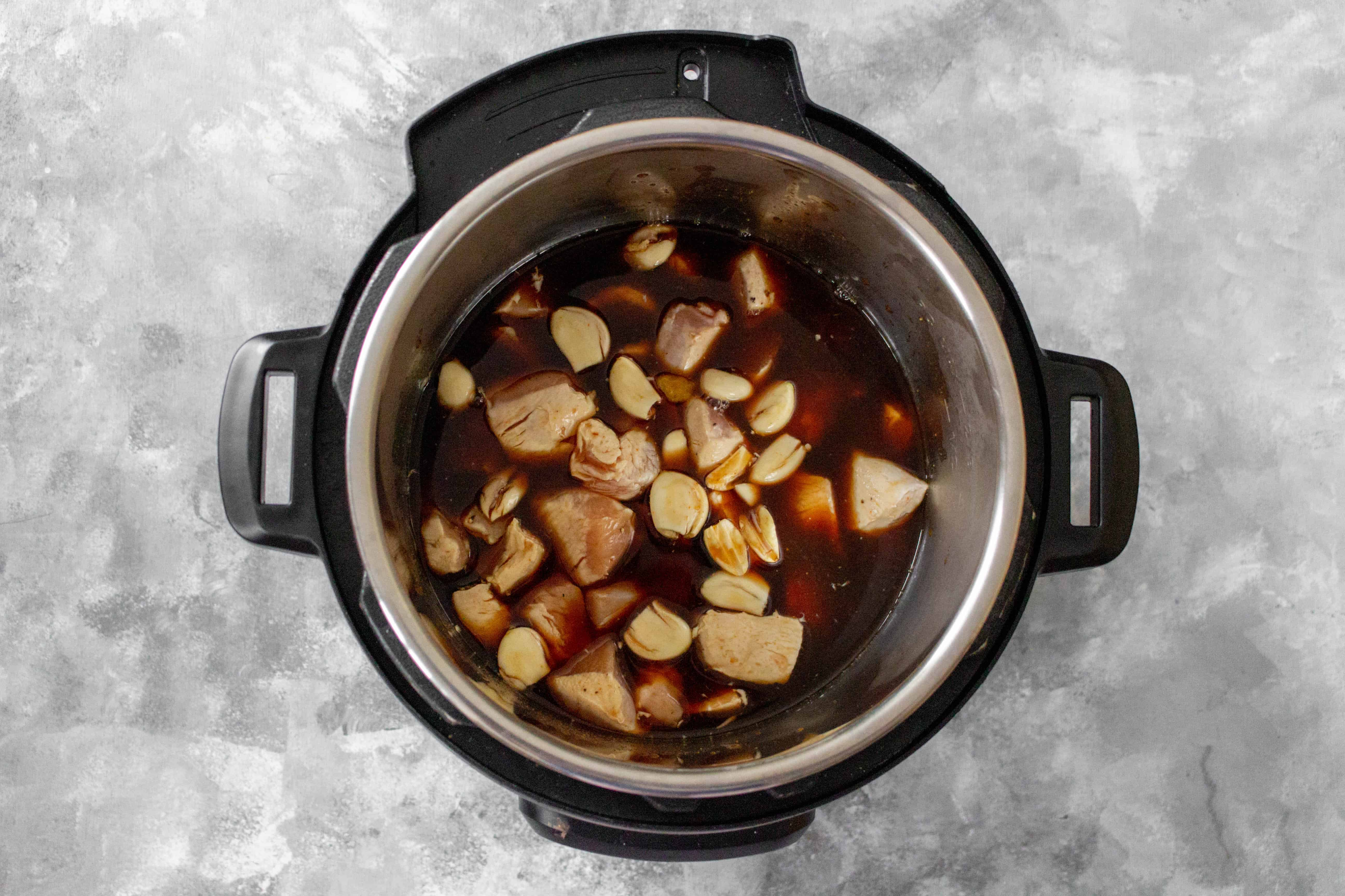 step by step photos on how to make instant pot spicy honey garlic chicken