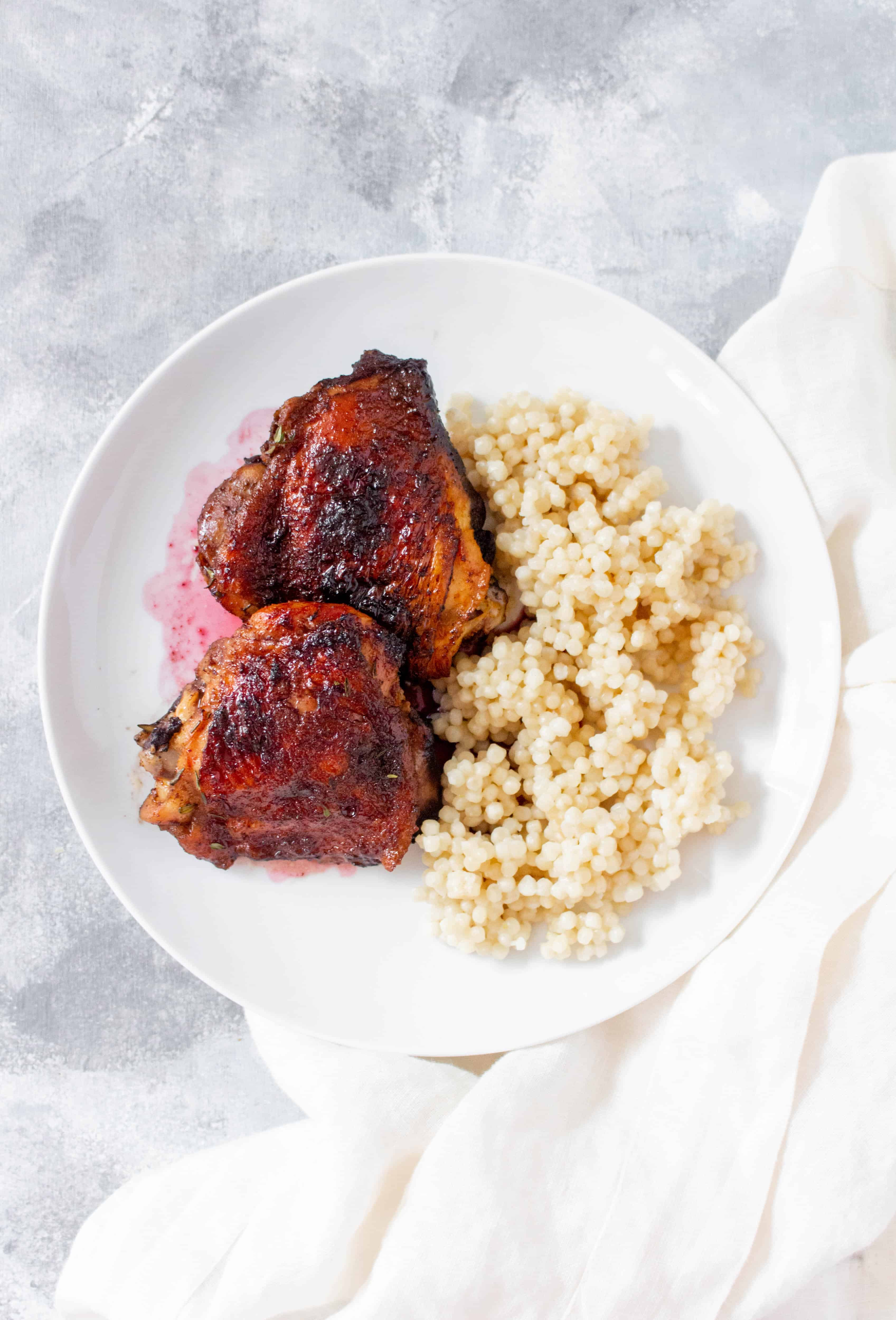 Juicy, sweet, and bursting with flavour, this Pomegranate Glazed Chicken Thighs makes for a perfect dinner or as a meal prep.