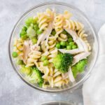 Looking for a cold lunch idea? Then this tasty Cold Chicken Pasta with Broccoli and Peas meal prep is for you!