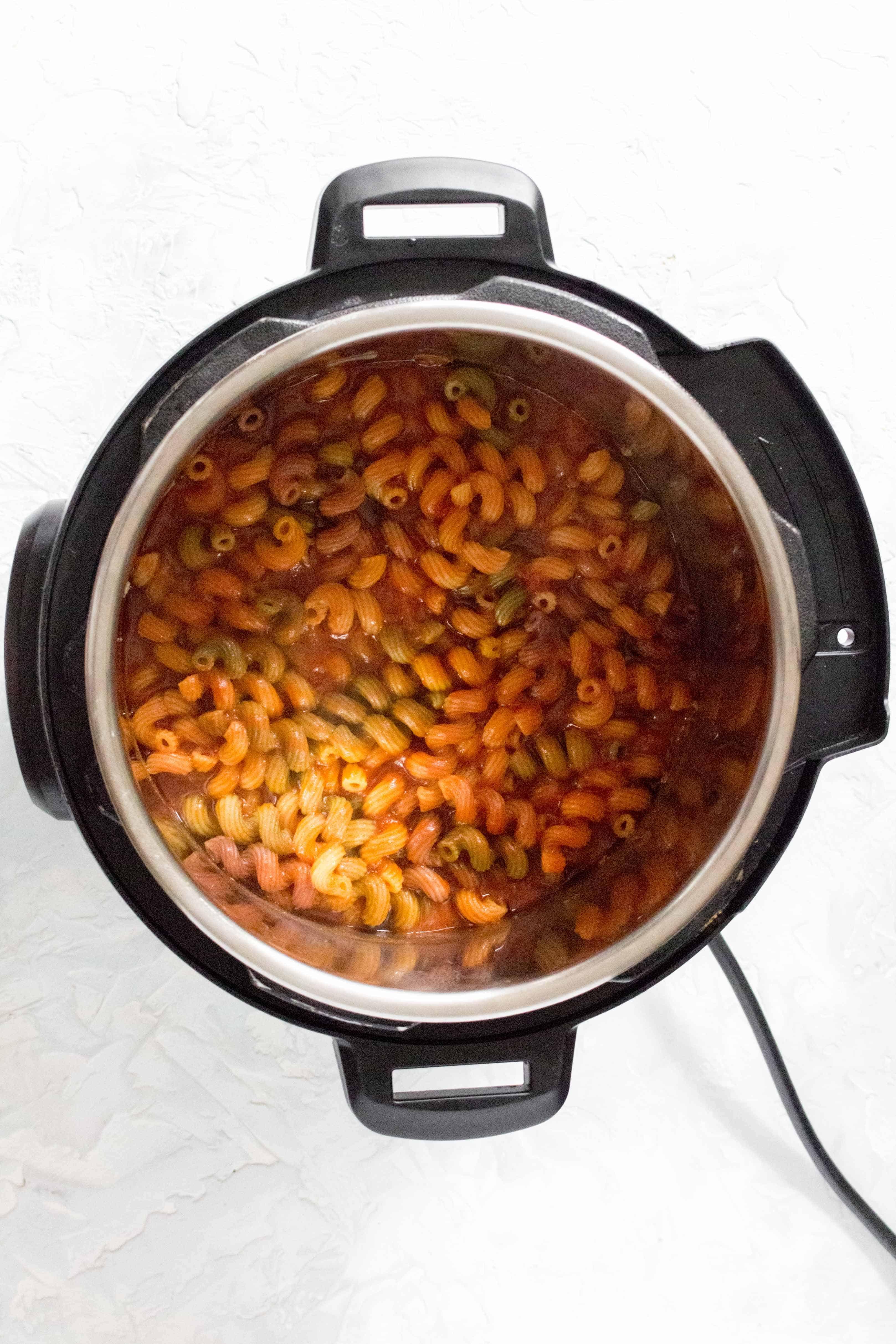 Instant Pot Beefaroni