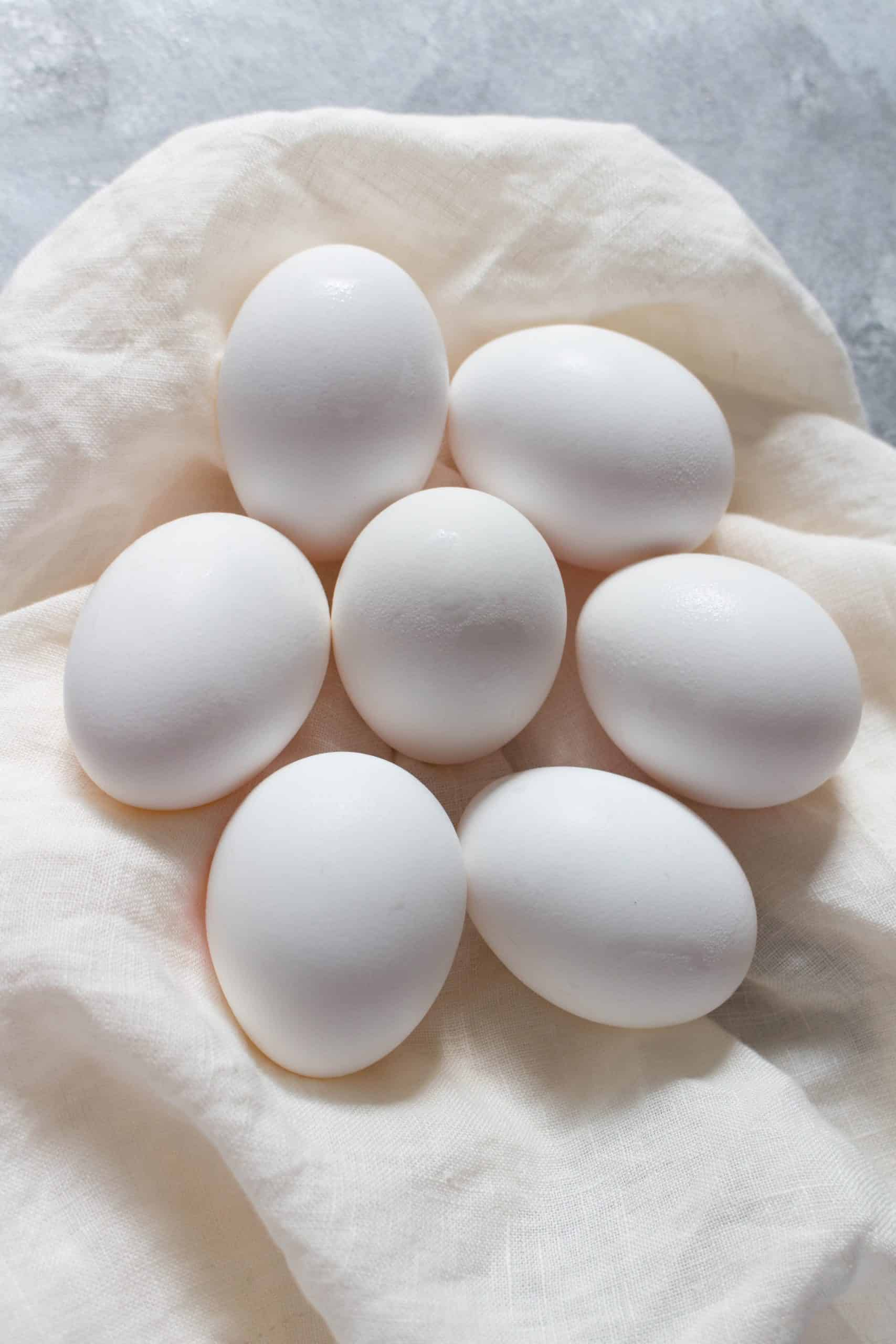 Want to make the perfect hard boiled egg? Here are four foolproof ways to make hardboiled eggs!