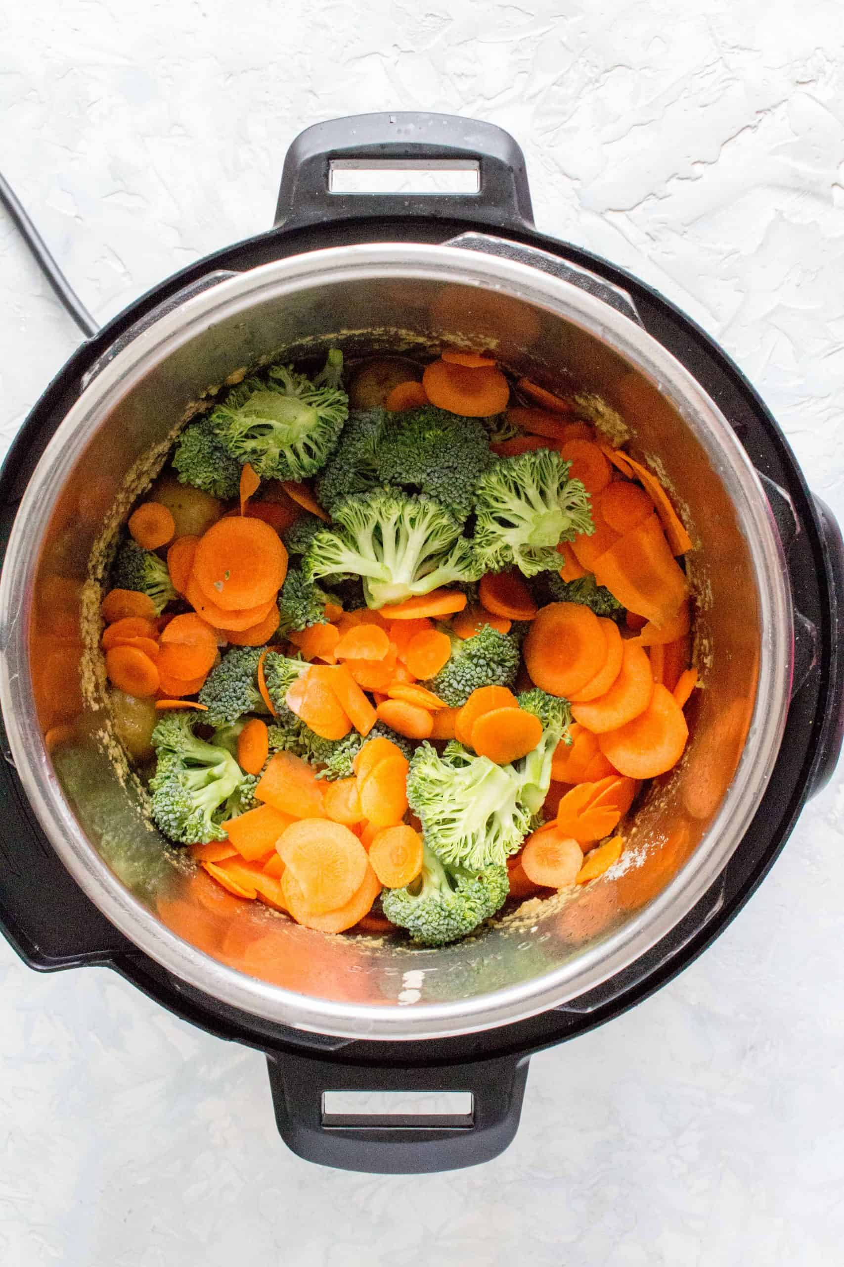 broccoli and carrots in the instant pot