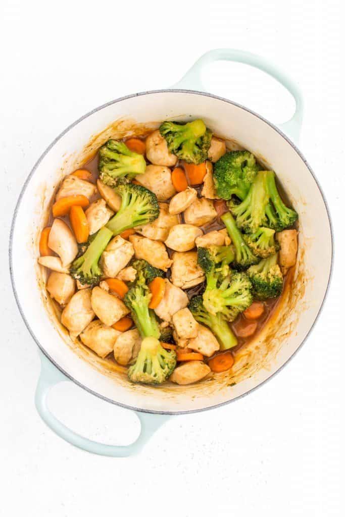 dutch oven cashew chicken