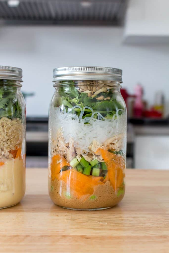 mason jar salad with chicken and rice noodles